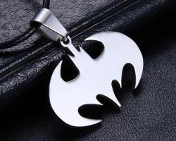 Кулон Бэтмен